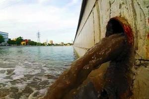 La politica al vetriolo che inquina la città